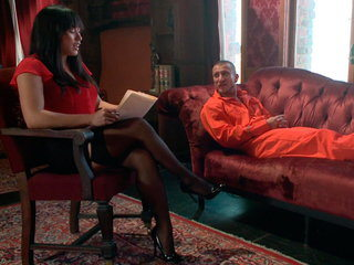 Helpless Mia finds her rectum in trouble