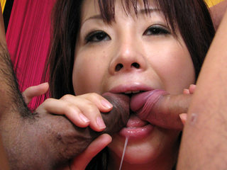 Hina Kawamura gets toys, hard-on and jizm in cooch